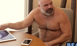 Older bear wanking off before feasting and riding with little cock