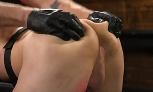 Submissive ray deepthroating cock