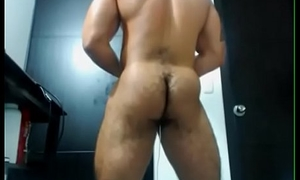 MUSCLE LATINO   SHOWS HIS HAIRY Pest ON CAM