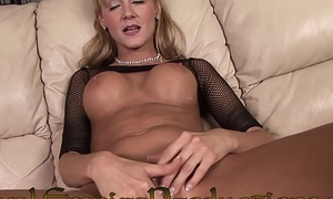 HOT HORNY Beauteous MILF PLAYS WITH HER PUSSY